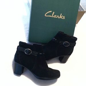 NWOT Clark's Booties